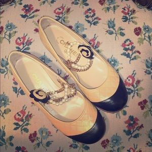 Chanel Flats with detachable pearls & Chains 38.5
